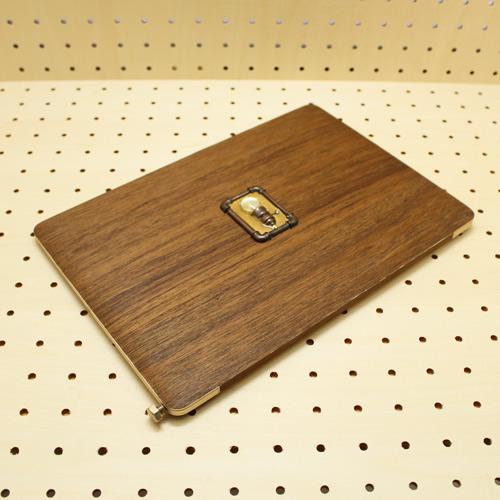 なんちゃって木製マックブック 正面